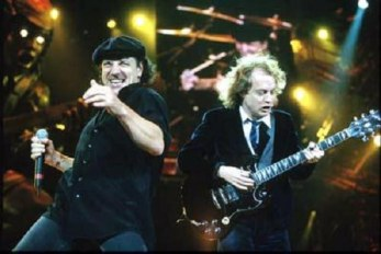 AC/DC - Thunderstruck (Official Music Video) - YouTube